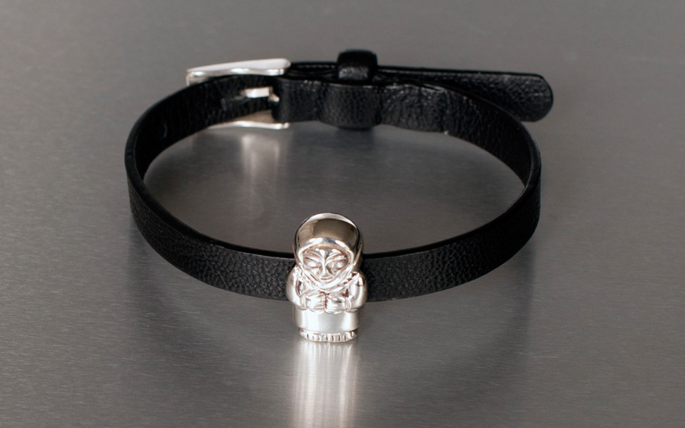 photo of mother bead bracelet